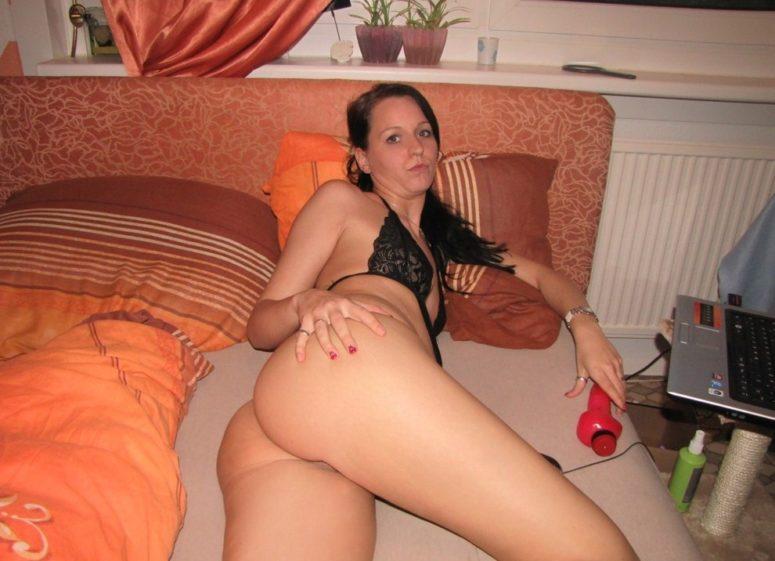 Lorie, réelle femme soumise recherche homme complice et dominant pour du réel !