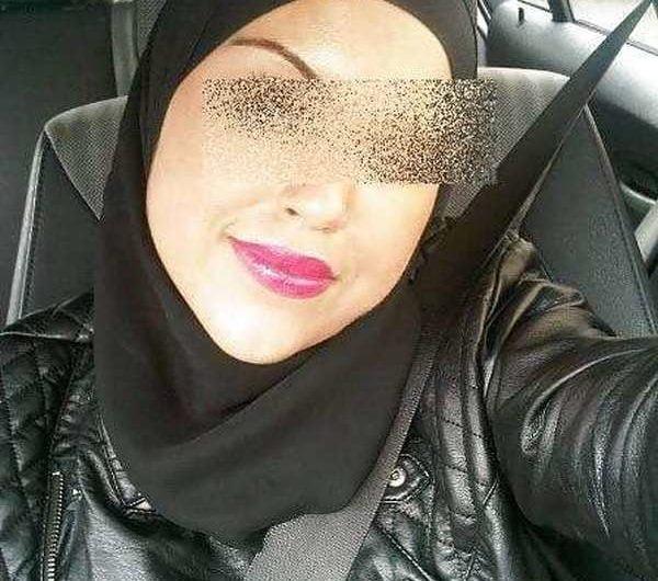 Arabe voilée un plan cul un peu hard lol avec mec TBM et macho
